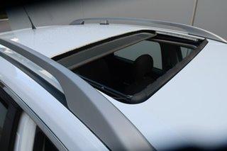 2014 Holden Captiva CG MY15 5 LT White 6 Speed Manual Wagon.