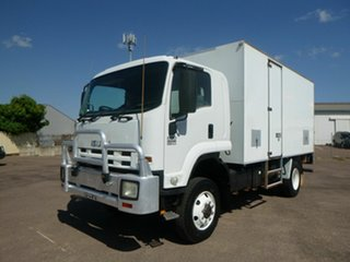 2010 Isuzu FTS 800 White Pantech.