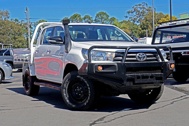 Used Toyota Hilux GUN126R SR Double Cab, 2017 Toyota Hilux GUN126R SR Double Cab White 6 Speed Sports Automatic Cab Chassis
