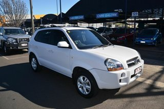 2009 Hyundai Tucson 08 Upgrade City SX White 4 Speed Automatic Wagon.