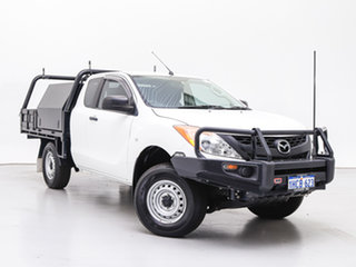 2015 Mazda BT-50 MY13 XT (4x4) White 6 Speed Manual Freestyle Cab Chassis.