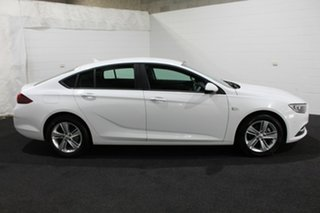 2018 Holden Commodore ZB MY18 LT Liftback Summit White 9 Speed Sports Automatic Liftback.