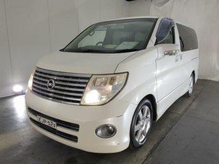 2006 Nissan Elgrand White.