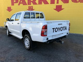 2015 Toyota Hilux KUN26R MY14 SR Double Cab White 5 Speed Manual Cab Chassis