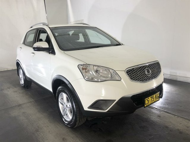 Used Ssangyong Korando C200 S 2WD, 2013 Ssangyong Korando C200 S 2WD White 6 Speed Manual Wagon