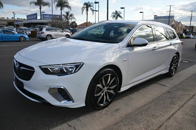 Used Holden Commodore ZB MY19.5 RS Toowoomba, 2019 Holden Commodore ZB MY19.5 RS White 9 Speed Automatic Sportswagon