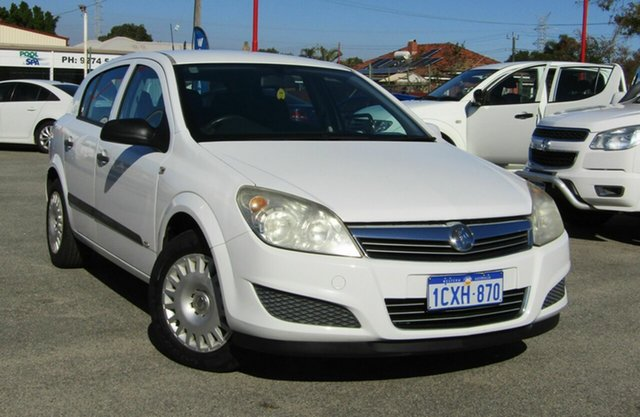 Used Holden Astra AH MY07 CD, 2007 Holden Astra AH MY07 CD White 5 Speed Manual Hatchback