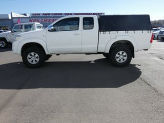 2008 Toyota Hilux KUN26R MY09 SR5 Xtra Cab White 5 Speed Manual Utility.