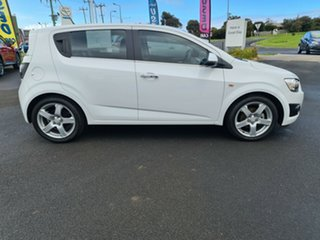 2013 Holden Barina TM MY13 CDX White 6 Speed Automatic Hatchback