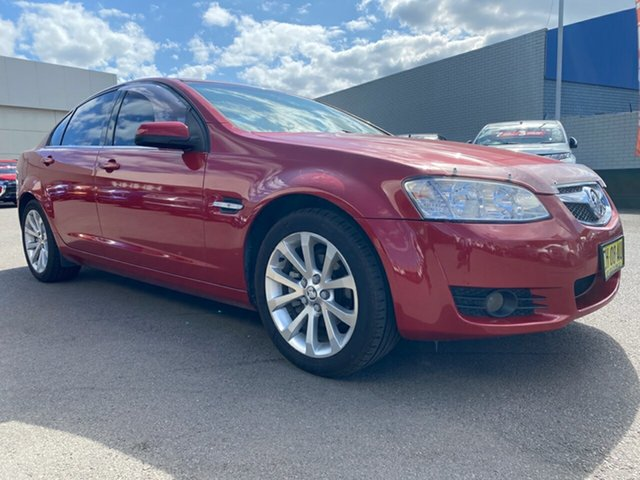 Used Holden Berlina VE II International, 2011 Holden Berlina VE II International Red 6 Speed Sports Automatic Sedan