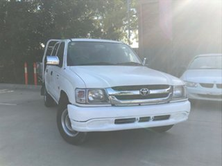 2004 Toyota Hilux LN147R White 5 Speed Manual Dual Cab Pick-up.