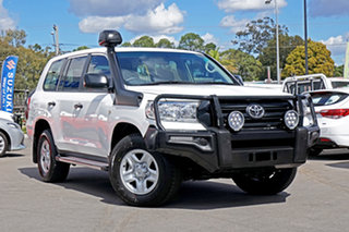 2017 Toyota Landcruiser VDJ200R GX White 6 Speed Sports Automatic Wagon.