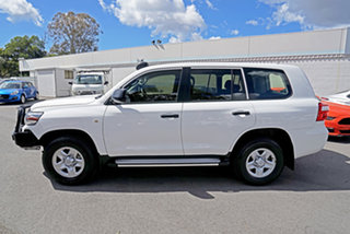 2017 Toyota Landcruiser VDJ200R GX White 6 Speed Sports Automatic Wagon