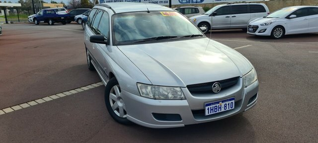 Used Holden Commodore VZ Executive, 2005 Holden Commodore VZ Executive Silver 4 Speed Automatic Wagon