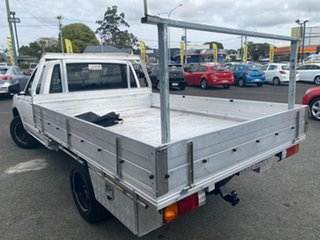 2010 Nissan Navara D22 MY2009 DX 4x2 White 5 Speed Manual Cab Chassis