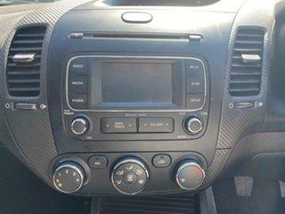 2013 Kia Cerato YD MY14 Koup SI Snow White 6 Speed Manual Coupe.