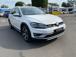 2018 Volkswagen Golf 7.5 MY18 Alltrack DSG 4MOTION 132TSI Premium White 6 Speed.