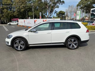 2018 Volkswagen Golf 7.5 MY18 Alltrack DSG 4MOTION 132TSI Premium White 6 Speed