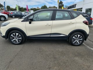 2017 Renault Captur J87 Zen EDC Ivory 6 Speed Sports Automatic Dual Clutch Hatchback