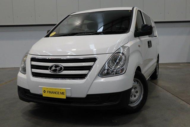 Used Hyundai iLOAD TQ3-V Series II MY17 Crew Cab Castle Hill, 2016 Hyundai iLOAD TQ3-V Series II MY17 Crew Cab White 5 Speed Automatic Van