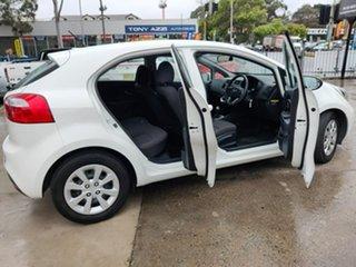 2014 Kia Rio S White Sports Automatic Hatchback