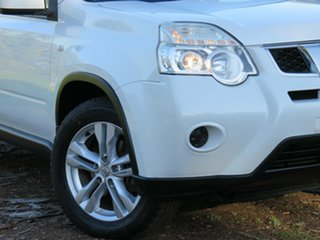 2010 Nissan X-Trail T31 Series IV ST 2WD White 6 Speed Manual Wagon.