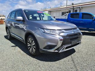2018 Mitsubishi Outlander Grey Automatic Wagon.