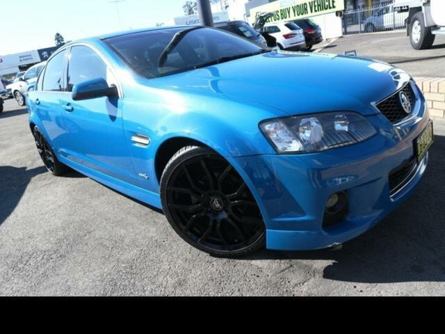 Used Holden Commodore VF SV6, 2013 Holden Commodore VF SV6 Blue 6 Speed Automatic Sedan