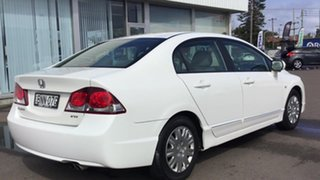 2010 Honda Civic 8th Gen MY10 VTi White 5 Speed Manual Sedan