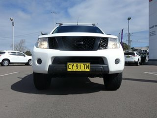 2013 Nissan Navara D40 S6 MY12 ST-X King Cab White 5 Speed Automatic Utility.