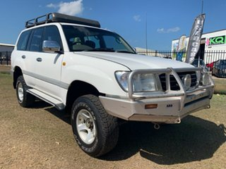 2000 Toyota Landcruiser FZJ105R GXL White 4 Speed Automatic Wagon.