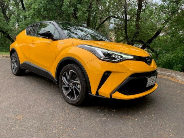 Demo Toyota C-HR NGX10R Koba S-CVT 2WD, 2020 Toyota C-HR NGX10R Koba S-CVT 2WD Yellow & Black 7 Speed Constant Variable Wagon