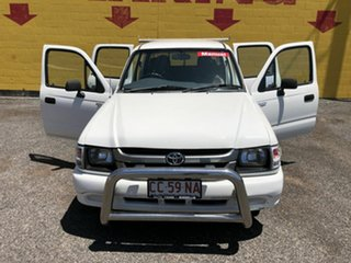 2002 Toyota Hilux White 5 Speed Manual Dual Cab.