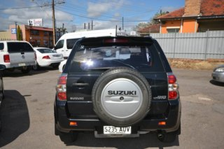 2006 Suzuki Grand Vitara JT (4x4) Black 5 Speed Manual Wagon.