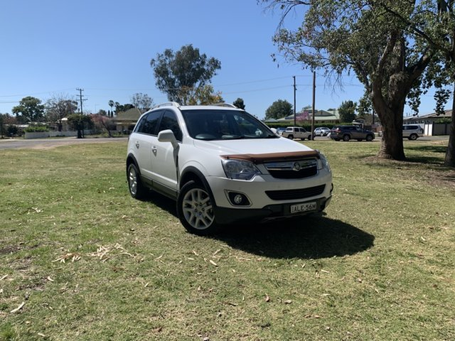 Used Holden Captiva CG MY13 5 LT Moree, 2013 Holden Captiva CG MY13 5 LT White 6 Speed Sports Automatic Wagon