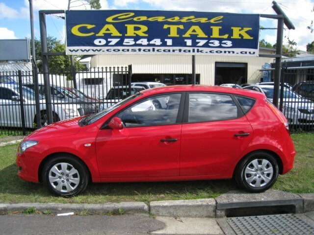 Used Hyundai i30 FD MY11 SX, 2011 Hyundai i30 FD MY11 SX Red 5 Speed Manual Hatchback