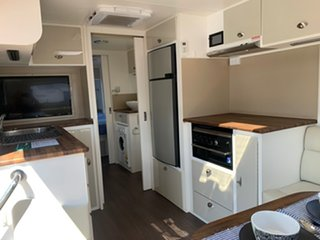 2017 Retreat Whitsunday Caravan