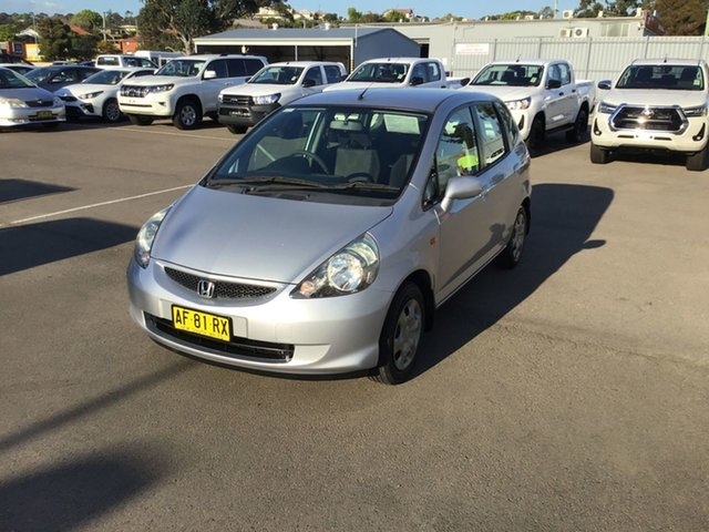 Used Honda Jazz GD MY05 VTi, 2005 Honda Jazz GD MY05 VTi Silver 7 Speed Constant Variable Hatchback