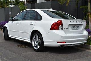 2010 Volvo S40 M Series MY10 T5 Geartronic R-Design White 5 Speed Sports Automatic Sedan.