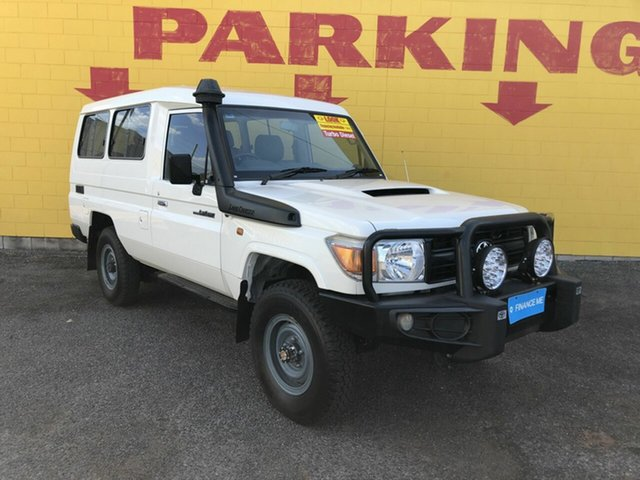 Used Toyota Landcruiser VDJ78R Workmate Troopcarrier, 2016 Toyota Landcruiser VDJ78R Workmate Troopcarrier White 5 Speed Manual Wagon