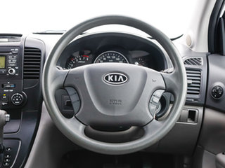 2010 Kia Grand Carnival VQ MY11 SI White 6 Speed Automatic Wagon