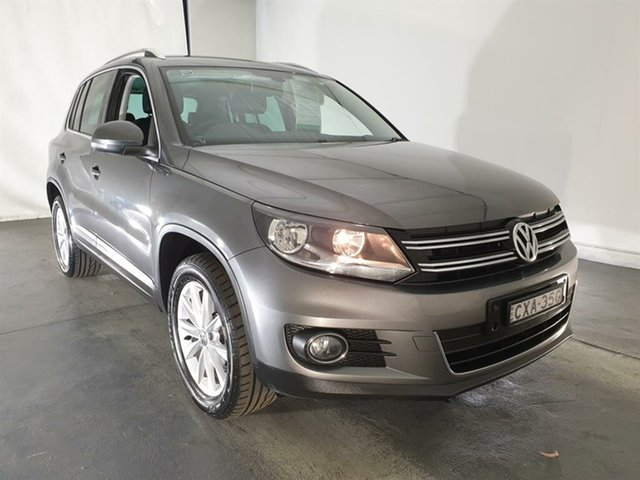 Used Volkswagen Tiguan 5N MY15 132TSI DSG 4MOTION, 2015 Volkswagen Tiguan 5N MY15 132TSI DSG 4MOTION Grey 7 Speed Sports Automatic Dual Clutch Wagon