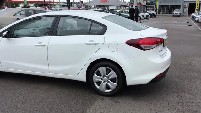 Used Kia Cerato YD MY17 S, 2016 Kia Cerato YD MY17 S White 6 Speed Sports Automatic Sedan