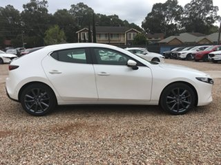 2020 Mazda 3 BP2H7A G20 SKYACTIV-Drive Evolve White Pearl 6 Speed Sports Automatic Hatchback.