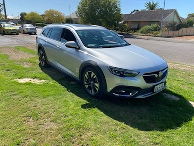 Used Holden Calais-V ZB MY18 Tourer AWD, 2018 Holden Calais-V ZB MY18 Tourer AWD Nitrate Silver 9 Speed Automatic Sportswagon