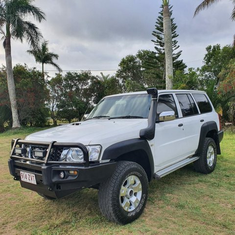 Used Nissan Patrol GU III MY2003 ST Alberton, 2004 Nissan Patrol GU III MY2003 ST White 5 Speed Manual Wagon