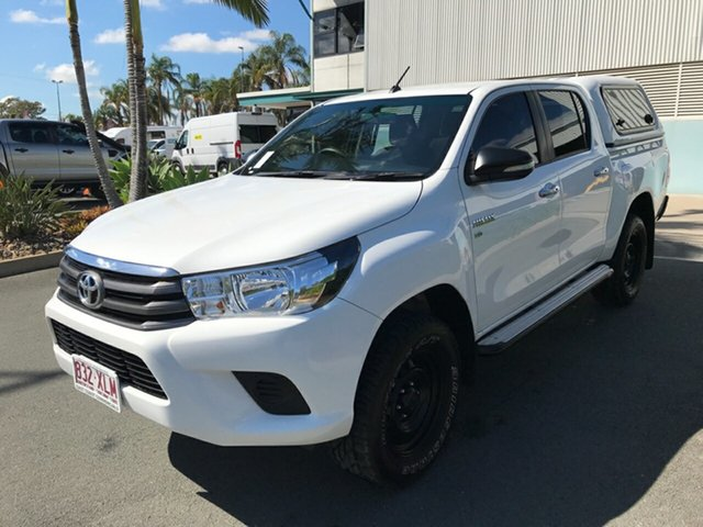 Used Toyota Hilux GGN125R SR Double Cab, 2017 Toyota Hilux GGN125R SR Double Cab Glacier 6 speed Automatic Utility