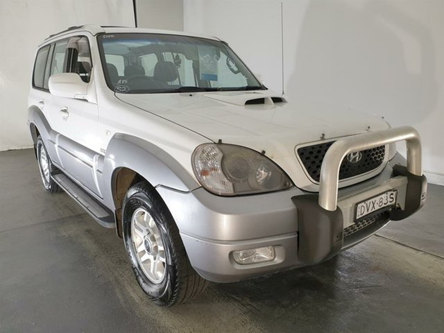 Used Hyundai Terracan HP MY06 , 2006 Hyundai Terracan HP MY06 White 5 Speed Manual Wagon