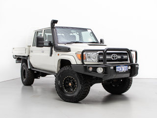 2014 Toyota Landcruiser VDJ79R MY12 Update GXL (4x4) White 5 Speed Manual Double Cab Chassis.