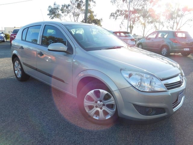 Used Holden Astra AH MY08.5 60th Anniversary, 2008 Holden Astra AH MY08.5 60th Anniversary Gold 5 Speed Manual Hatchback